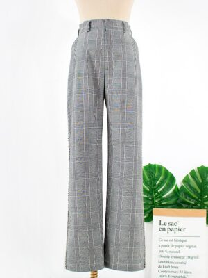 Rose – BlackPink Crystal Embellished Grey Plaid Pants (7)
