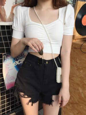 Rose – BlackPink White Puff Sleeve Top (21)